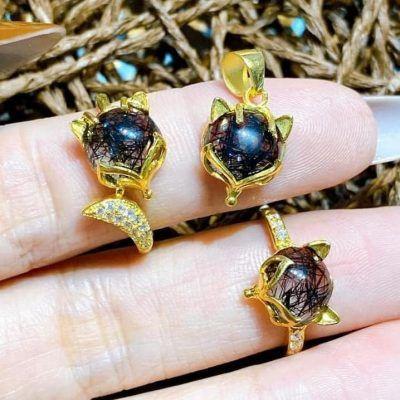Bộ trang sức hồ ly bằng vàng đính đá thạch anh tóc đen vongda5a.com
