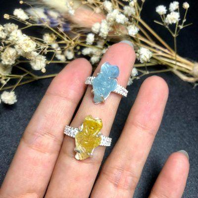 Nhẫn bạc đính hồ ly thạch anh tóc vàng và aquamarine dáng dài vongda5a.com