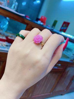 Nhẫn vàng hoa mẫu đơn ruby