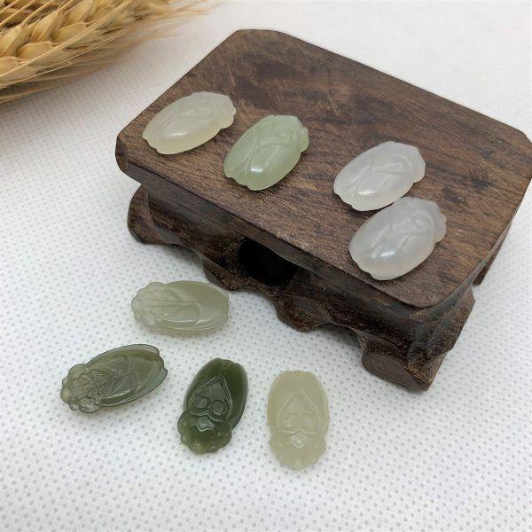Ve sầu ngọc hòa điền (nephrite jade) tự nhiên - VSNHD01